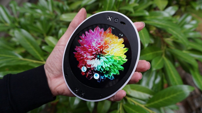 Представлен круглый смартфон Cyrcle Phone 2.0 с двумя разъёмами 3,5 мм