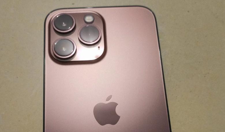 Все цвета и варианты памяти iPhone 13: свежая информация из онлайнового магазина