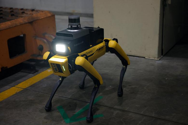 Робот-собака на страже безопасности людей. Hyundai использует робота Spot на заводе Kia