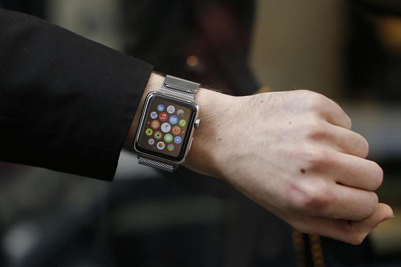 «Было больно. Действительно больно», — пользователи Apple Watch жалуются на ожоги, волдыри и отслаивание кожи