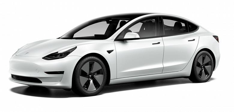 Tesla Model 3 подорожал в Европе на 2000 евро. Но даже после этого автомобиль все равно дешевле, чем в начале года
