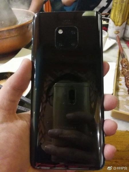 Фото дня: Huawei Mate 20 Pro — вид спереди и сзади