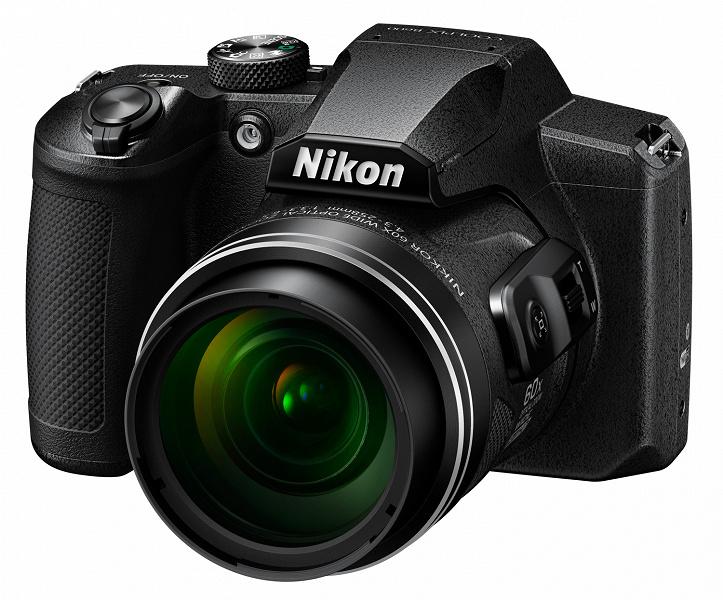 Камера Nikon Coolpix B600 оснащена объективом с 60-кратным зумом