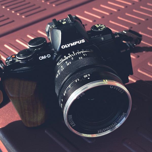 Появились первые изображения объектива Zhong Yi Optics 17mm f/0.95 Speedmaster