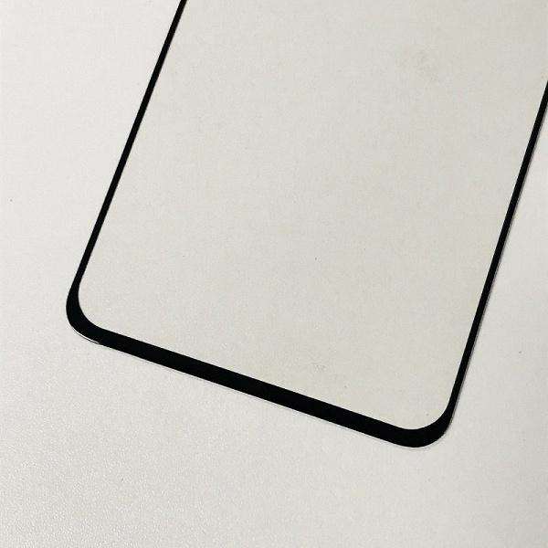 Плоский, зато без вырезов. Живые фото подтверждают, как будет выглядеть экран OnePlus 7