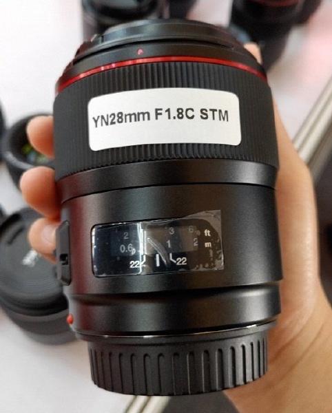 Появилось первое изображение объектива Yongnuo YN28mm f/1.8C STM