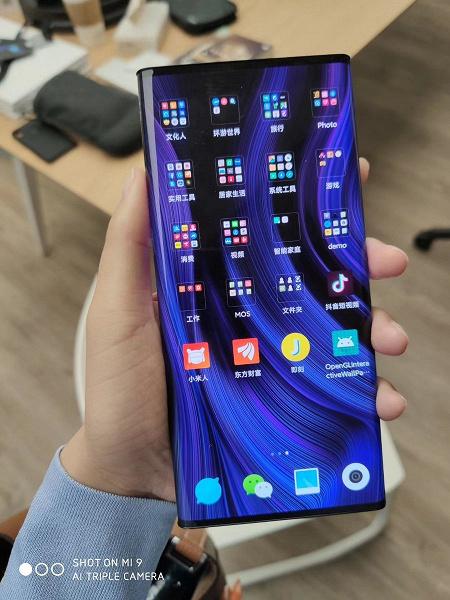 Xiaomi Mi Mix Alpha с опоясывающим экраном на живых фото и видео