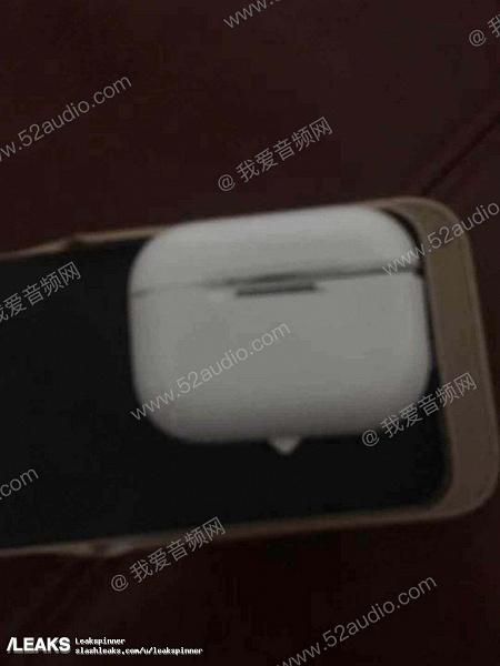 Беспроводные наушники Apple AirPods 3 в новом дизайне красуются на фотографиях