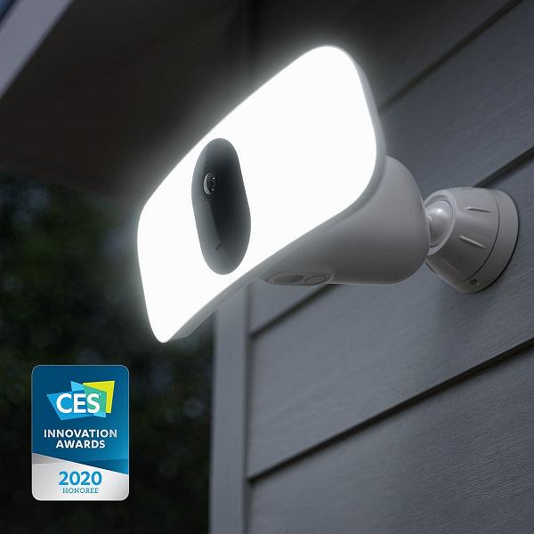 Представлена беспроводная камера наблюдения с яркой подсветкой и цветным ночным видением