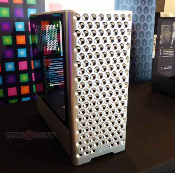 Передняя панель корпуса MetallicGear Neo Pro что-то сильно напоминает