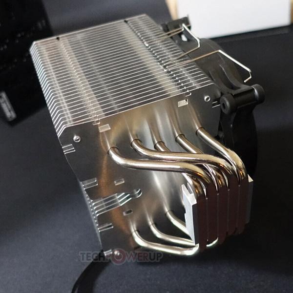 Тихая система охлаждения be quiet! Shadow Rock 3 подходит для процессоров с TDP до 190 Вт