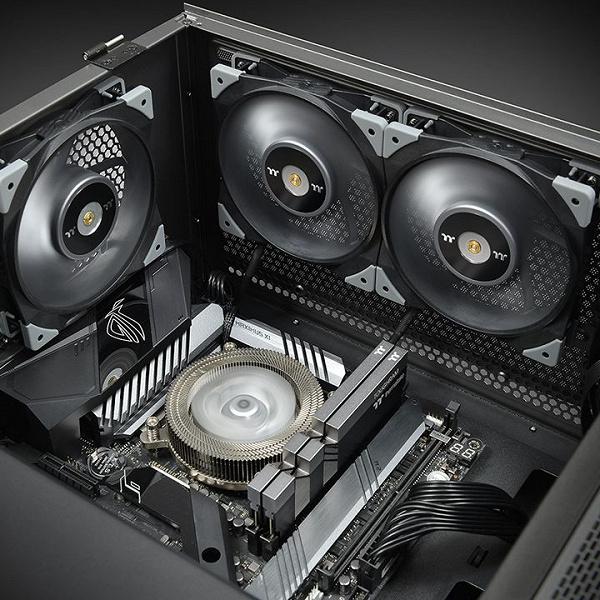 Вентилятор Thermaltake Toughfan 12 Turbo создает высокое статическое давление