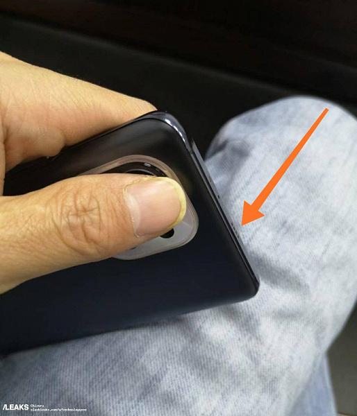 Xiaomi Mi 11 во всей красе на живых фото и рендерах