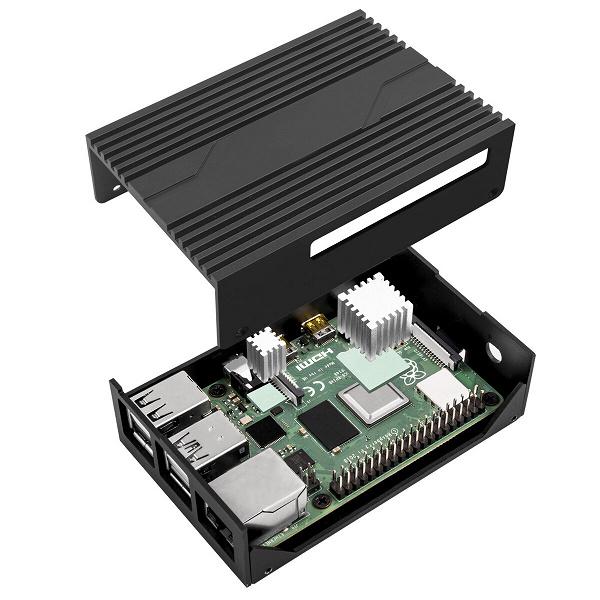 Корпус SilverStone PI02 предназначен для одноплатного мини-компьютера Raspberry Pi 4 Model B