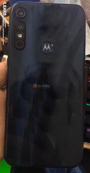Бюджетный «американец». Motorola Moto E7 Plus засветился в тесте, но пока неясно, на какой платформе он основан