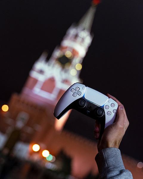 Владелец Sony PlayStation 5 раскрыл секретную функцию DualSense. Контроллеру можно легко продлить жизнь одним нажатием