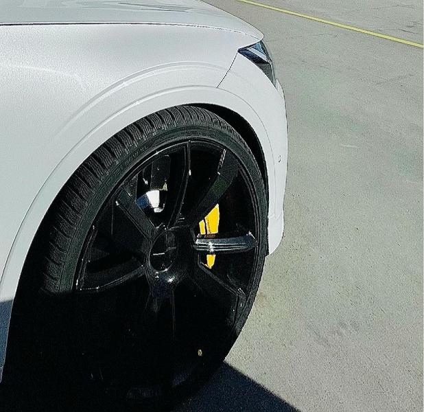 Volvo показала новый электромобиль Polestar