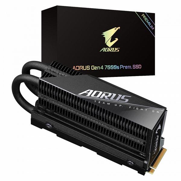 В описании накопителя Gigabyte Aorus Gen 4 7000 Prem. SSD заявлена скорость чтения до 7 ГБ/с и скорость записи до 6,85 ГБ/с