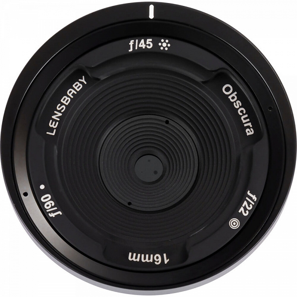 Объектив Lensbaby Obscura 16mm стоит 250 долларов