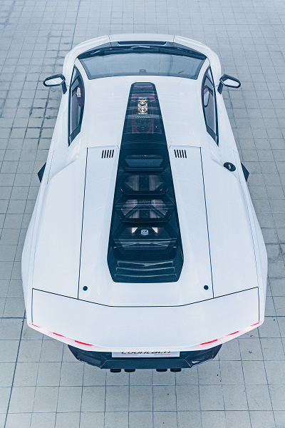 Культовый Lamborghini Countach 1980-х годов вернулся в виде гибрида
