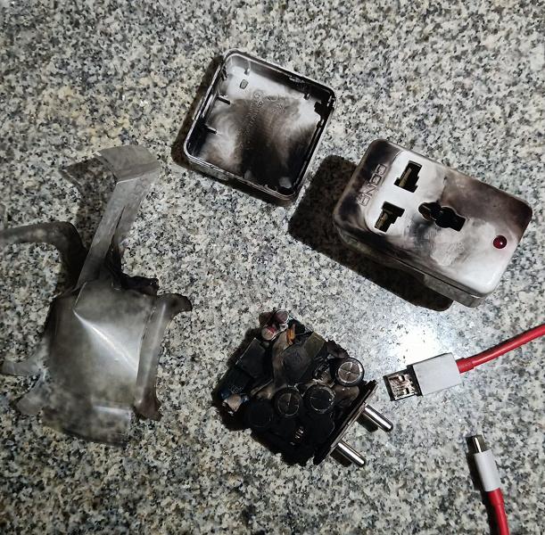 «Это очень страшно. Я всё ещё в шоке», — следом за взрывающимися смартфонами OnePlus Nord 2 взорвалось оригинальное зарядное устройство