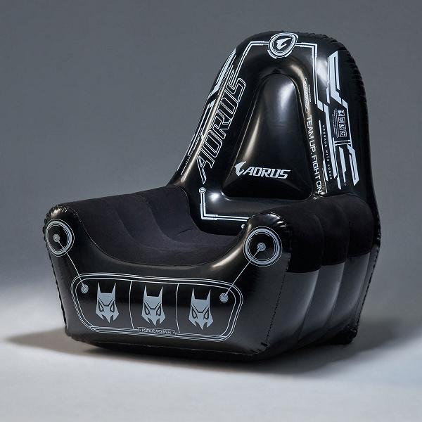 Игровое кресло Gigabyte Aorus Gaming сделано надувным