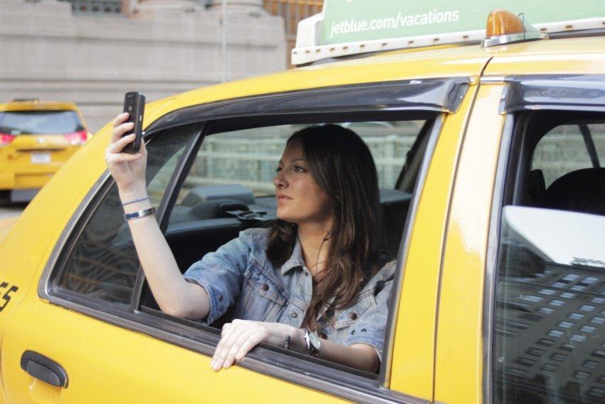 в каком такси работать в москве бунинские персонажи приходят