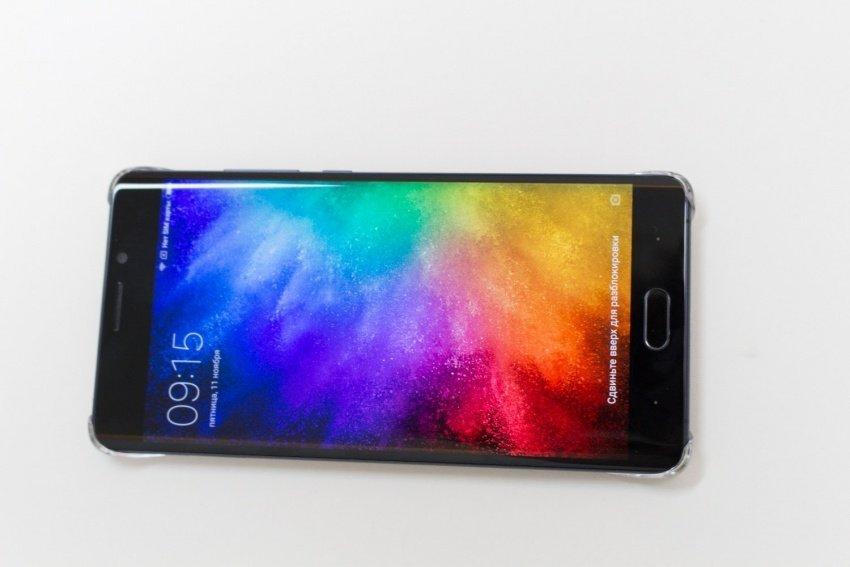 В РФ стартовали продажи безрамочного телефона Xiaomi MiMix