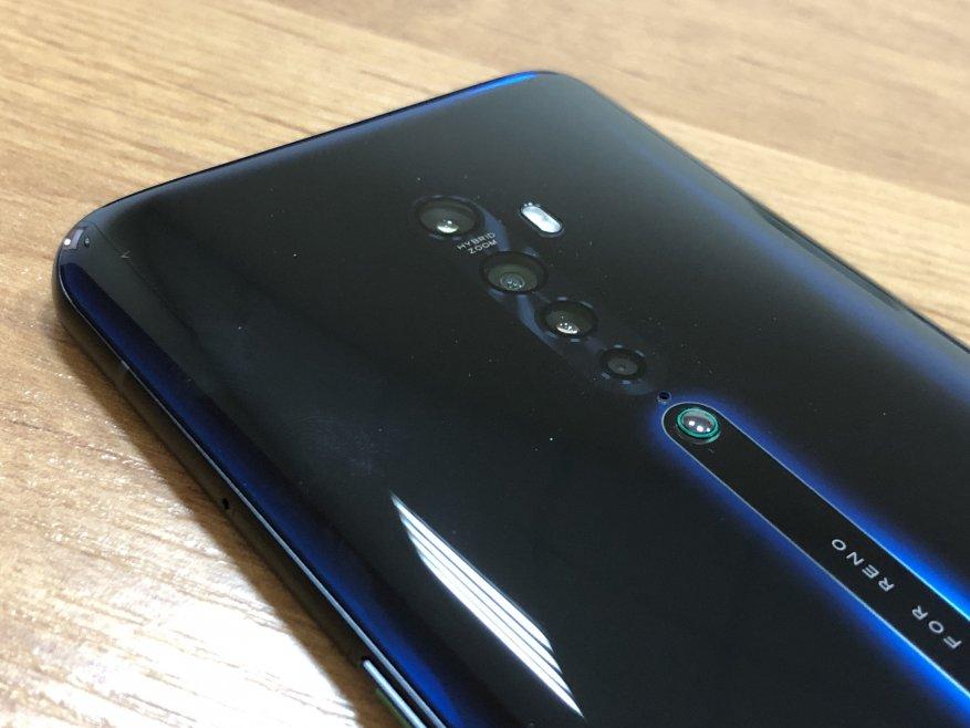 عرض السلسلة المحدثة من الهواتف الذكية Oppo Reno 2 2