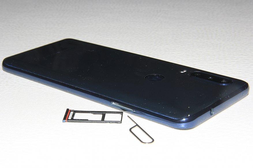 موتورولا وان أكشن: هاتف ذكي بكاميرا الحركة 3