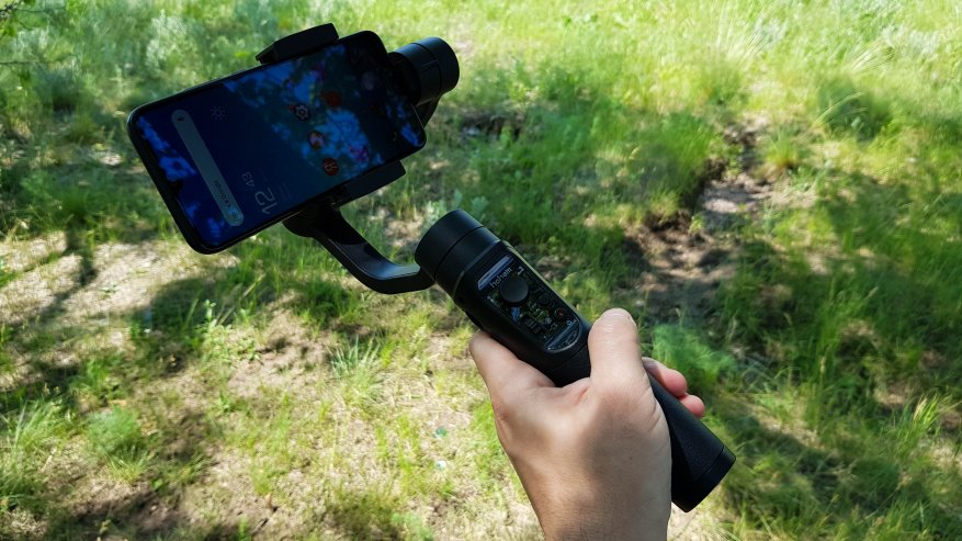 TomTop: Hohem iSteady Mobile: трехосевой стабилизатор для смартфонов