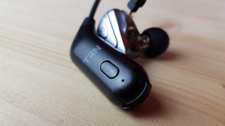 TRN BT20S: Được làm bằng tai nghe Bluetooth có dây 15