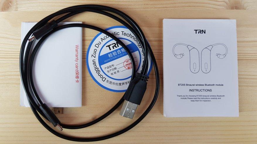 TRN BT20S: Được làm bằng tai nghe Bluetooth có dây 3