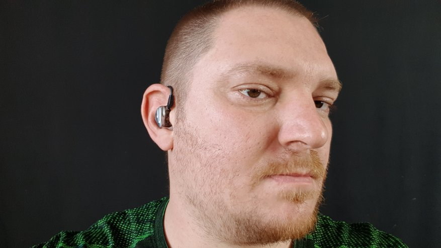 TRN BT20S: Được làm bằng tai nghe Bluetooth có dây 7