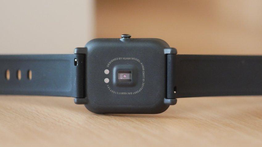 Xiaomi Huami AMAZFIT Bip Black (черный) А1608 GPS Running Smartwatch - Лучшие умные часы!