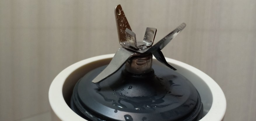سيعمل خلاط شياومي بينلو مونستر لآلة الطبخ على تقسيم الجليد والمزيد! نظرة عامة على وحش المطبخ. 10