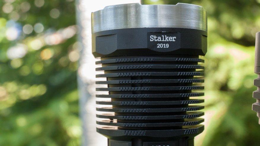مصباح يدوي قوي بعيد المدى Nightwatch NI40 Stalker: SST40 LED وبطارية 26650 20
