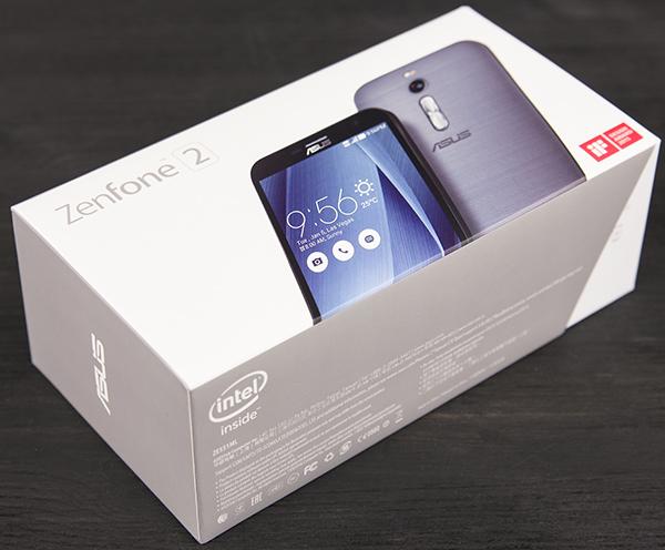 Упаковка смартфона Asus Zenfone 2 ZE551ML