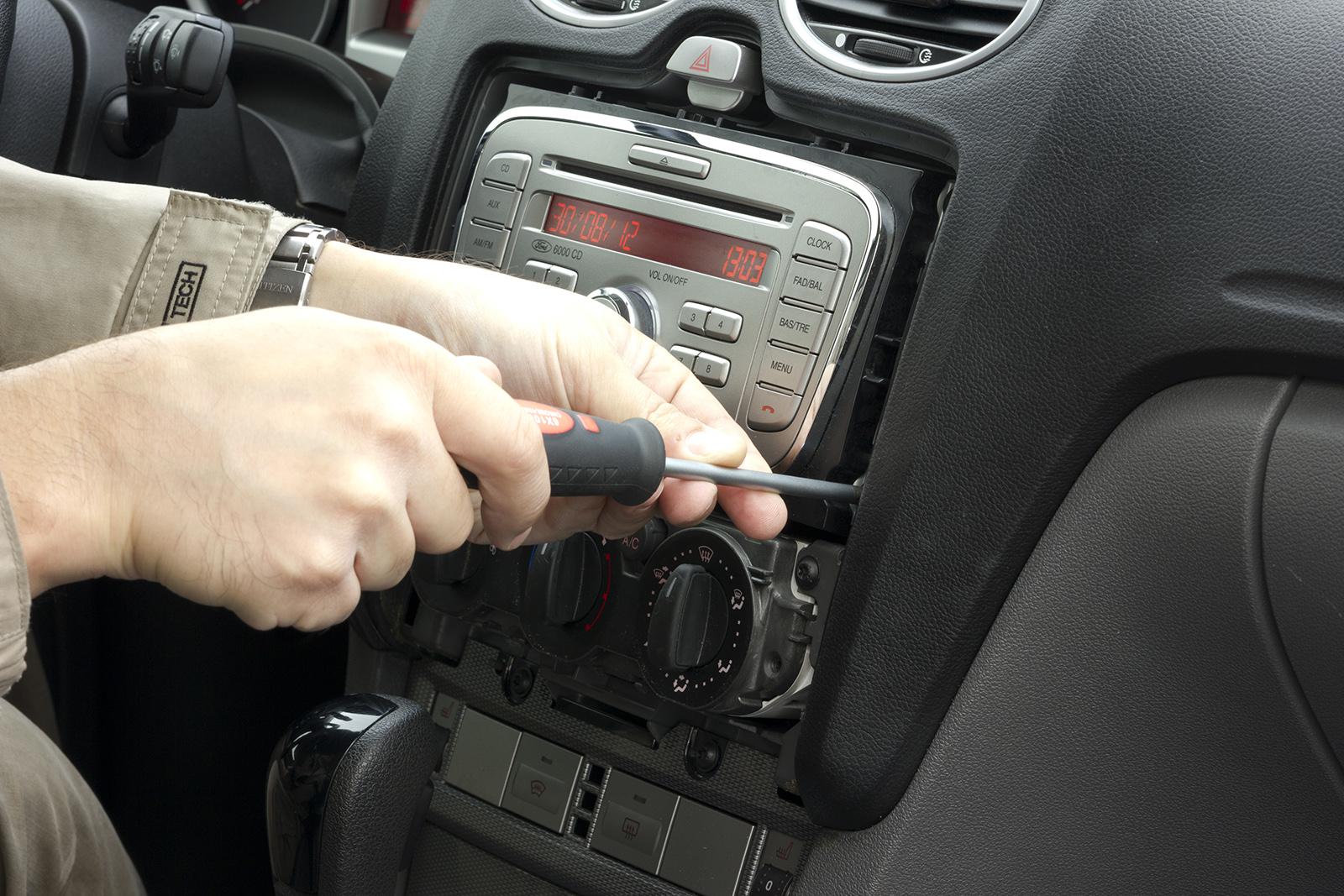 Форд фокус 2 ремонт своими руками рулевой