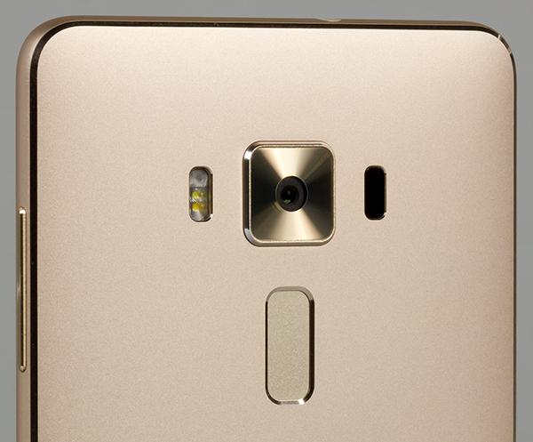смартфон Asus Zenfone 3 Deluxe