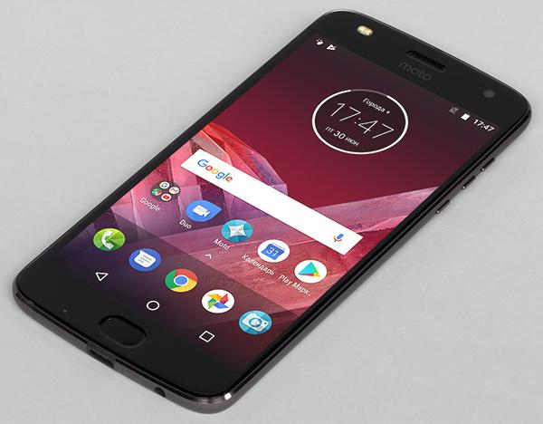 Обзор смартфона Moto Z2 Play