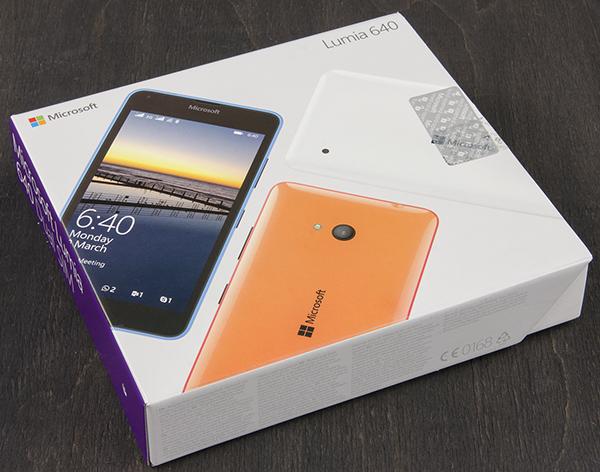 Упаковка Microsoft Lumia 640