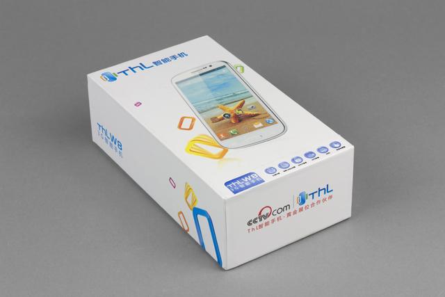 Обзор ThL W8. Упаковка коммуникатора