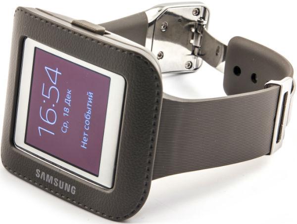 Комплектация умных часов Samsung Galaxy Gear
