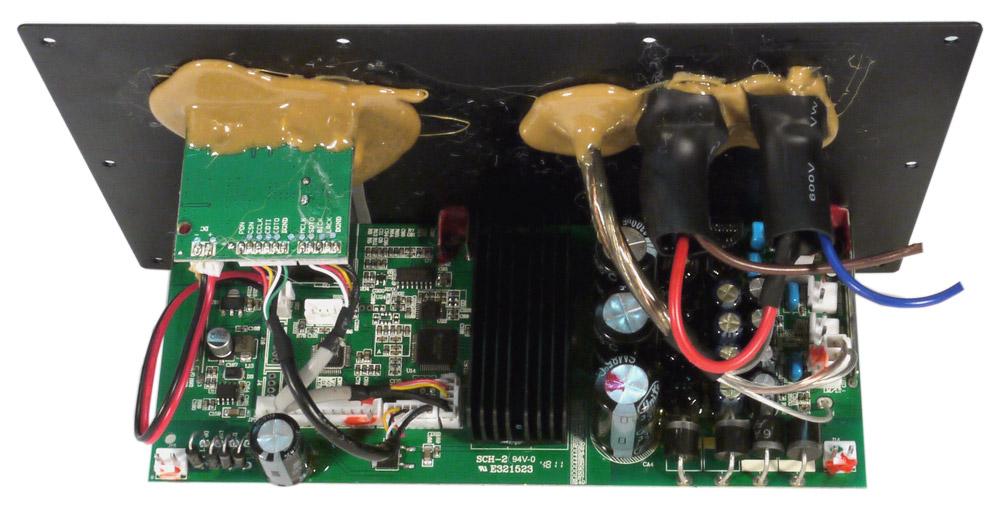 Усилитель мощности построен на двух микросхемах TAS5342LA - четырехканальных усилителях класса D, которые в мостовом...