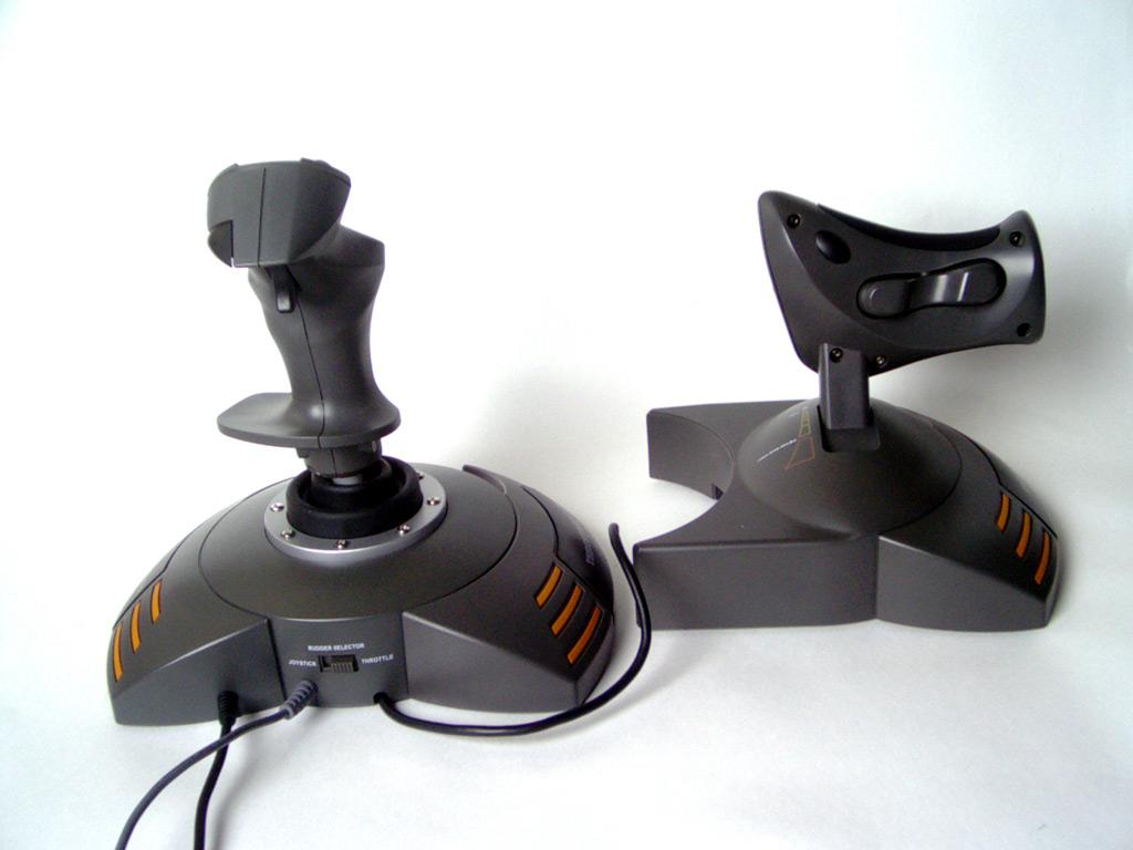 joystick guillemot thrustmaster top gun afterburner force feedback joystick