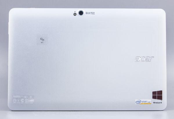 Вид сзади планшета Acer Iconia Tab W510