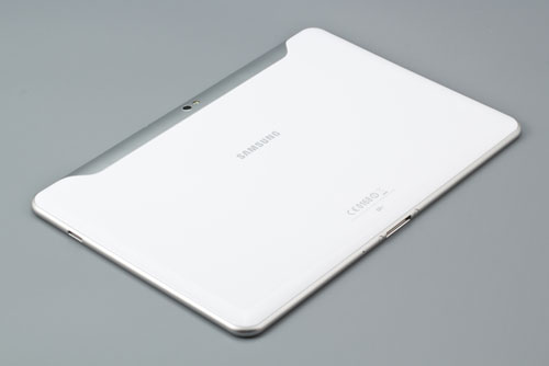 Вид тыльной стороны планшета Samsung Galaxy Tab 10.1