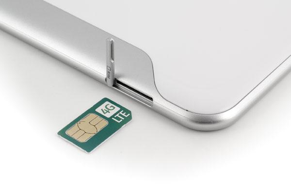 Слот для SIM-карты в планшете Samsung Galaxy Tab 8.9 LTE