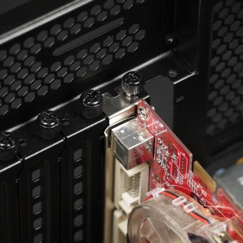 Крепление платы расширения корпуса Corsair Crystal Series 570X RGB